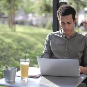 ブログ記事のリライトとは?SEO効果を高める手順を徹底解説