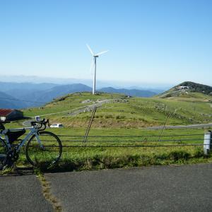 四国カルストでキャンプ&サイクリング【天空の道】