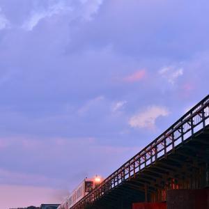 夕日に染まる橋梁