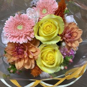 自分の誕生日に両親と祖母にお花を