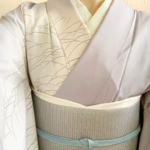 【今じゃなくない?】着物の半襟の衣替え(季節)はいつ?夏から秋の素材はコレ!