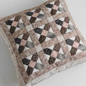 クッションカバー(45×45) *スノーフレークのパターンで