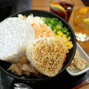 おこげの香ばしさと出汁が香る!関西人のためのもんじゃ焼き!「お好み焼きはここやねん」@京都河原町