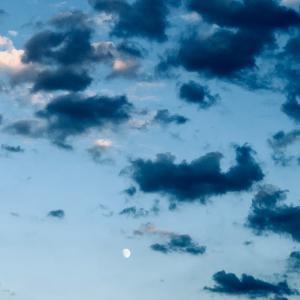 10/1は中秋の名月🎑(までに暗雲を追い払う)