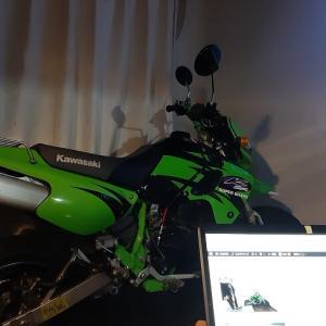 1Kでバイクと同居 #初夜報告