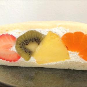 果物に圧倒されるフルーツサンド 「ベルガモット 」武蔵小山