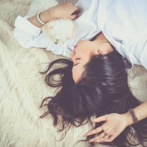 今夜からはじめられる「睡眠の質を上げる4つのポイント」