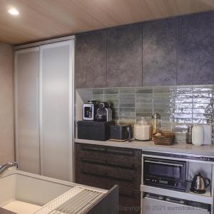 【WEB内覧会】クリナップ「ステディア」ロッシュチャコールで作った、スタイリッシュな黒いキッチン