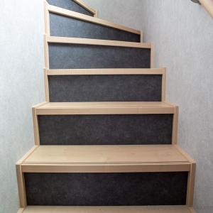 OHAの標準プランで出来る、ローコストで階段をモダンにアレンジする方法