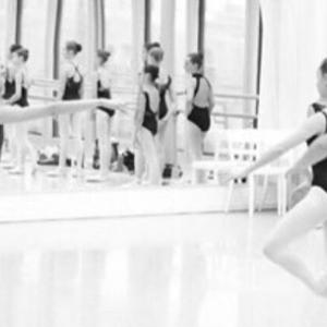 バレエ教室運営側からみるバレエ講師の実情と今後の予想
