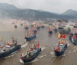 良漁場の大和堆に中国船が殺到中 一方 日米印豪の四ヶ国艦 マラバールに集結