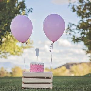 1歳誕生日!せまくても出来るバルーンを使ったお部屋のかわいい飾り付けデコレーション