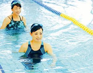 水中ウォーキングで筋力アップ、脂肪燃焼運動を!