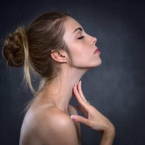 美容液のタイプは4つ、その使い方と効能