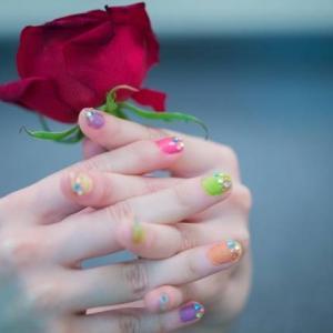 爪にあらわれる健康状態!あなたの爪の色は大丈夫ですか?