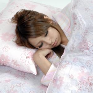 夜眠れない、眠りが浅い、どうして睡眠不足になるのか??