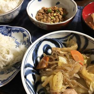 予想外の大雨に家の中が~&鶏モモ肉のすき煮