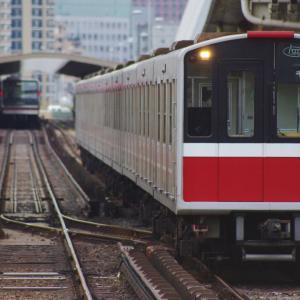 JR203系と大阪メトロ10系はどこか似ている