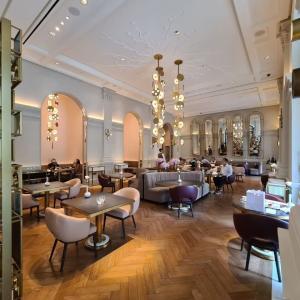 La Dame de Pic ラッフルズホテル内 3つ星女性シェフが手がけるフレンチレストラン