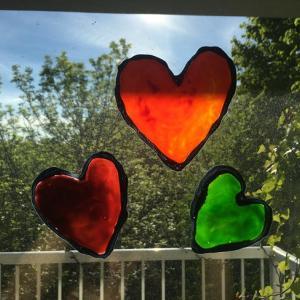 【簡単】焼かずに作れるビニール焼き画!窓ガラスがキャンパスに!
