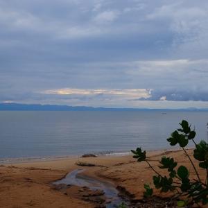 マラウイ湖畔を行く 2020年3月3日(火)   816日目(Ngara→Chitimba)