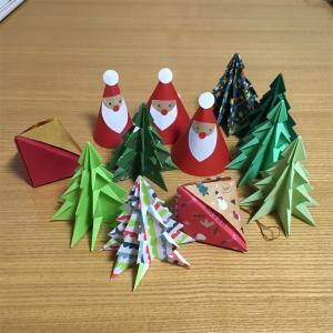 クリスマスの飾り、折り紙で