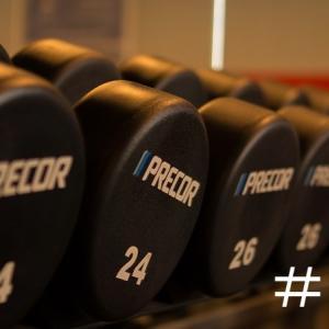 【27歳サラリーマンの筋トレ日記】#110| 自己ベスト更新 (デッドリフト:225kg /スクワット:200kg)