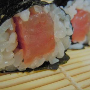 自粛レシピ!おうちで巻き海苔寿司をしたら…え、これ、すごく楽して、美味しい!