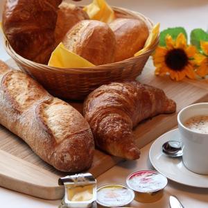 【語源クイズ】日常生活でよく聞くフランス語由来の外来語|食べ物・料理名