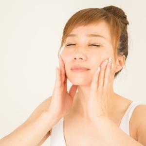 敏感肌や乾燥肌のあなたはクレンジングも悩むはず 美容液も一緒に入ってるのなら安心ですね