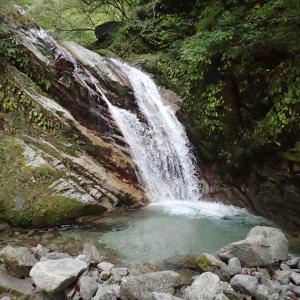山梨県 北杜市 桑の木沢渓谷5 黄門の滝