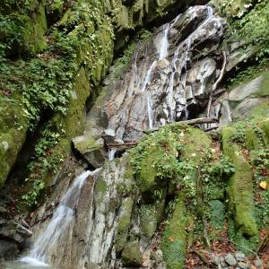 山梨県 北杜市 桑の木沢渓谷9 朝日の滝