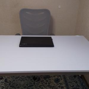 買ってみた!白いテーブル