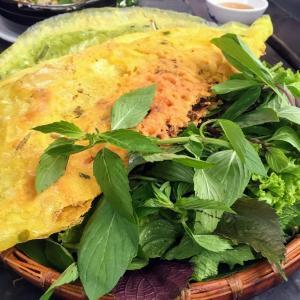 ベトナム式ガレット 「バインセオ|Bánh xèo」