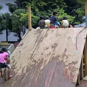 【冒険遊び場】キャンプに行けなくても子供と焚火をする方法!自由に思い切り遊べる場所をレポート!