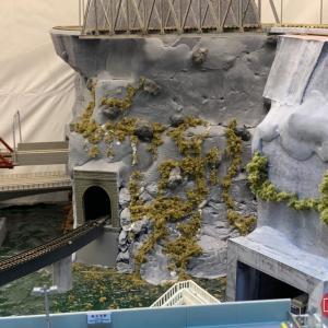 天池駅#24 山坡造石、草粉