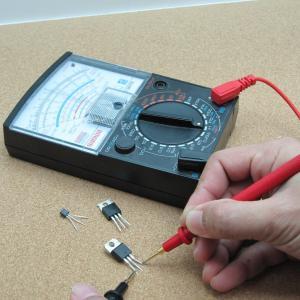 アマチュア無線家ならば必需品のテスター | アナログ、デジタル
