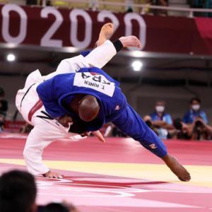 フランス対日本。。。意地のぶつかり合い、フェンシングは日本、柔道はフランスが制す