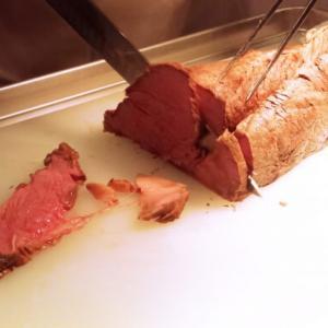 ローストビーフは妊娠中に食べてはいけない?食中毒になる可能性は?