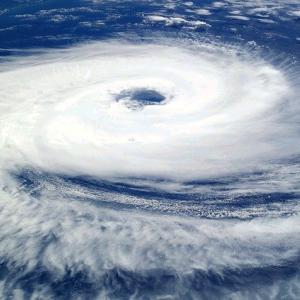 台風14号チャンスー2021米軍ヨーロッパ韓国Windy予想進路は?沖縄への上陸の可能性は?