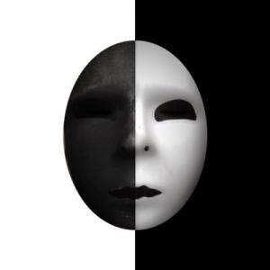 心霊系YouTuber クロシロチャンネル 動画全部見てみた感想 仮面を被った二人組 おすすめ動画3選