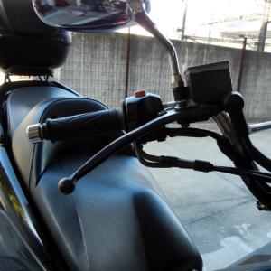 ビッグスクーターの曲がったブレーキレバー交換修理