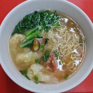朝めし~雲呑麺 @Teochew Traditional Oyster Puff