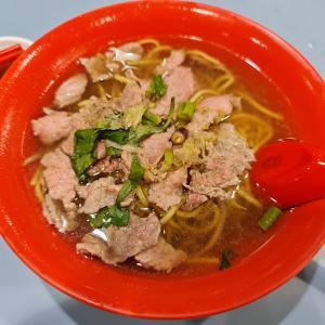 ミシュラン牛肉麺~桐记⽜⾁粿条