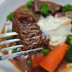 自炊~牛肉の赤ワイン煮(笑) Boeuf Bourguignon