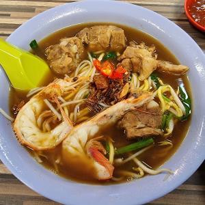 シンガポールNo.1プロウンミー@Beach Road Prawn Noodle House
