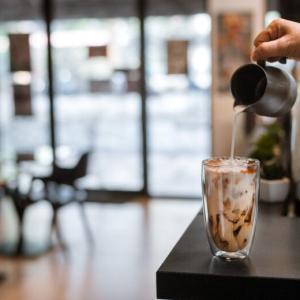 カフェラテは太る?ダイエットにおすすめの飲み方や種類を完全解説