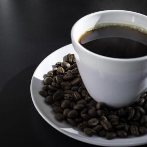 コーヒーに含まれるカフェイン効果とは?摂取量の目安からおすすめまで