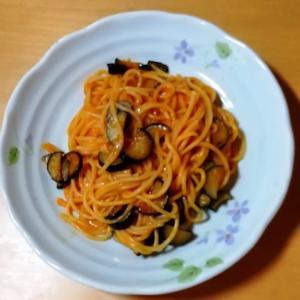 超手抜き茄子いっぱいのトマトソーススパゲッティの作り方?