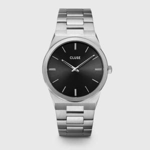近藤千尋着用腕時計 雑誌「Domani 2021春号」